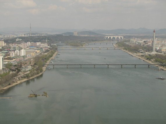 The Taedong River in Pyongyang is seen in this photo taken on April 16, 2007 (Photo: Chris Price/CC-by-nd-2.0)