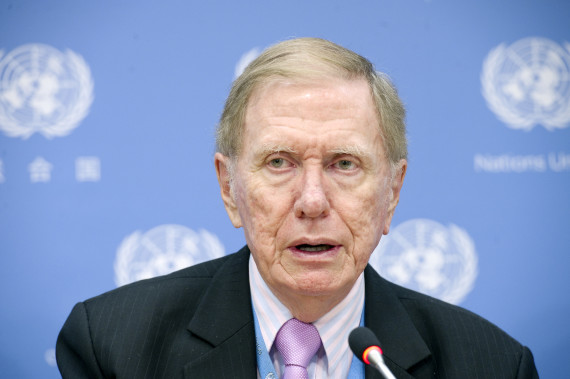 Michael Kirby speaks at a UN news conference by Commission of Inquiry on the situation of human rights in the DPRK (Photo: Eskinder Debebe/UN)